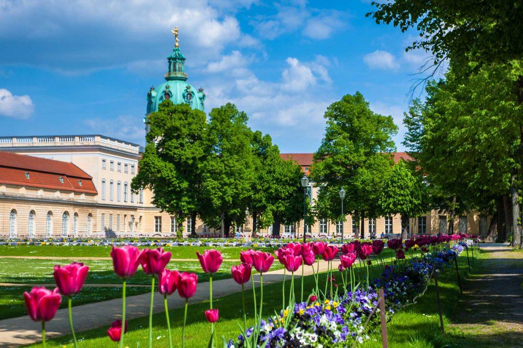 Um die Ecke: Schloss Charlottenburg