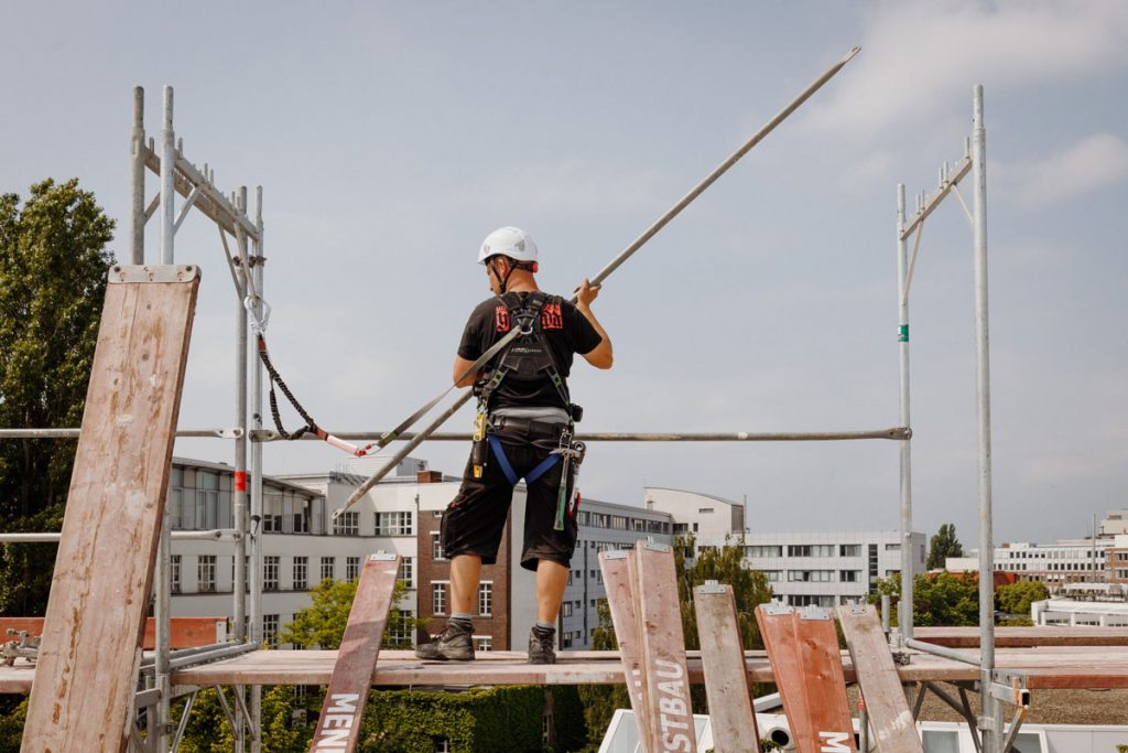 No tightrope walk. Many give it up in the apprenticeship.